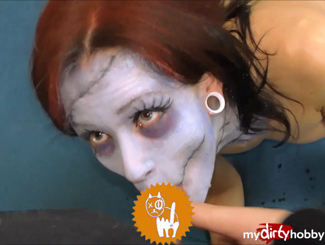 Heimlicher Quickie vor der Halloween Party ^^