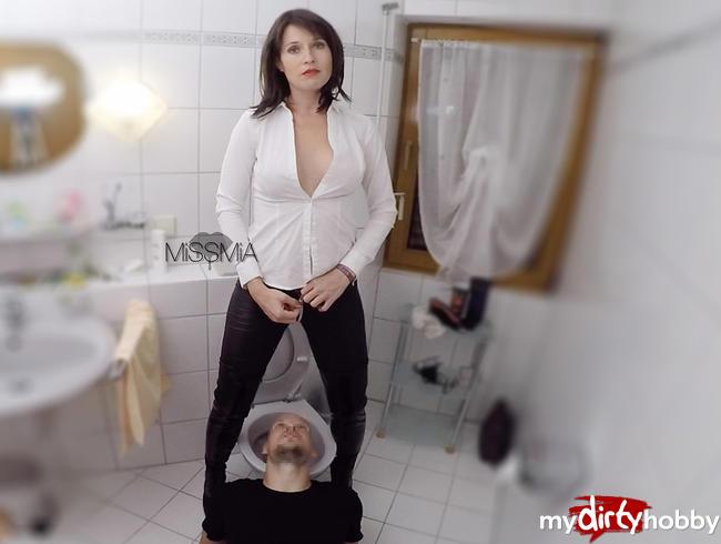 Miss Mia ⋆ Mein Toiletten Sklave!