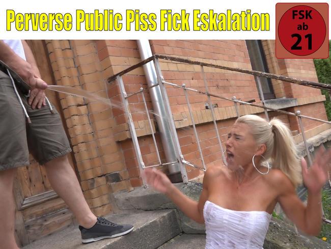 Perverse Public Piss Fick Eskalation | DAS konnten ALLE Nachbarn sehen!
